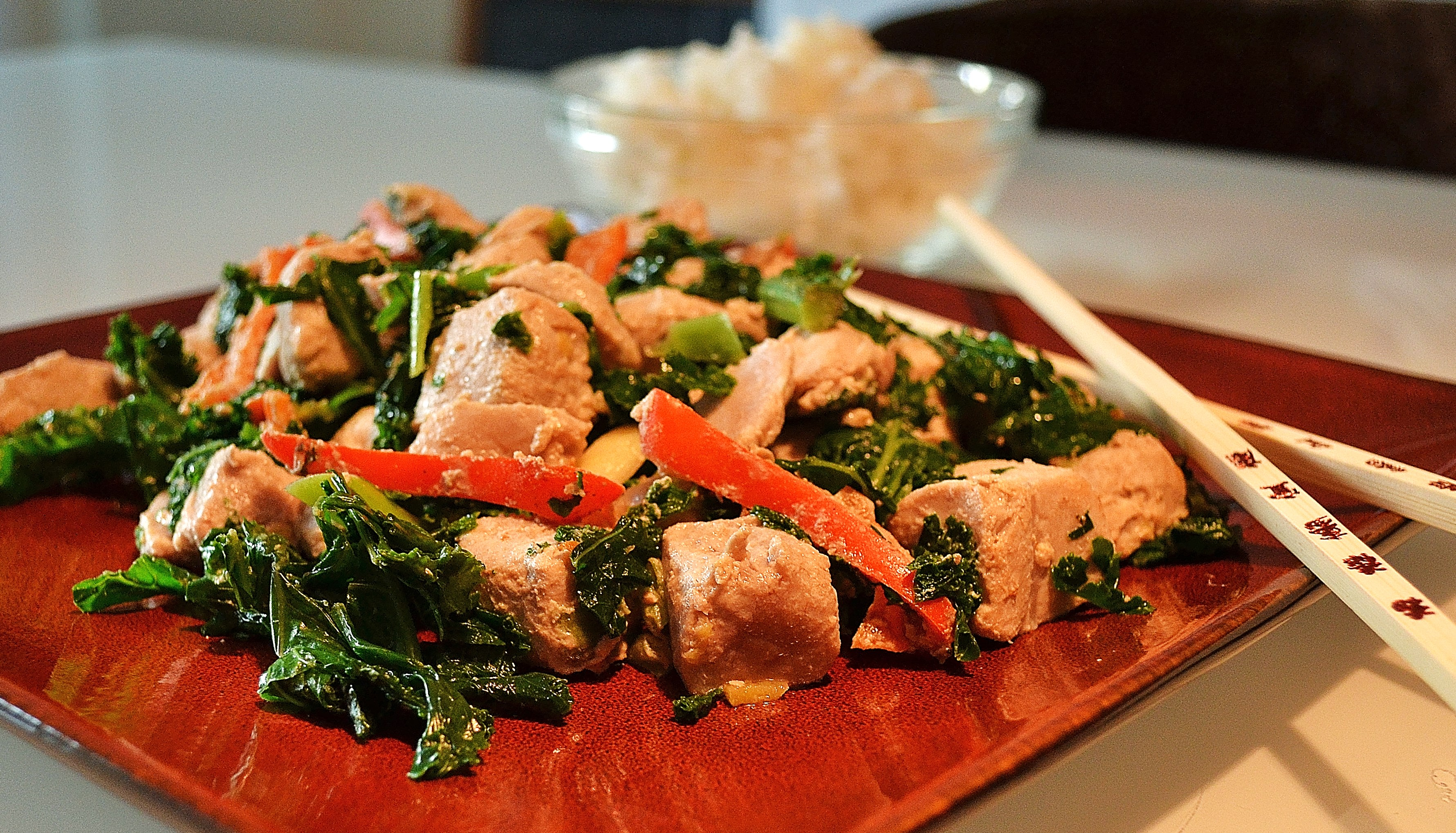 GINGERED TUNA AND GREENS STIR FRY