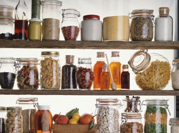 Spring Clean Your Pantry for Healthy, Warm Weather Eating
