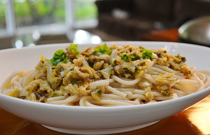 Slow Cooker Linguine with Clam Sauce