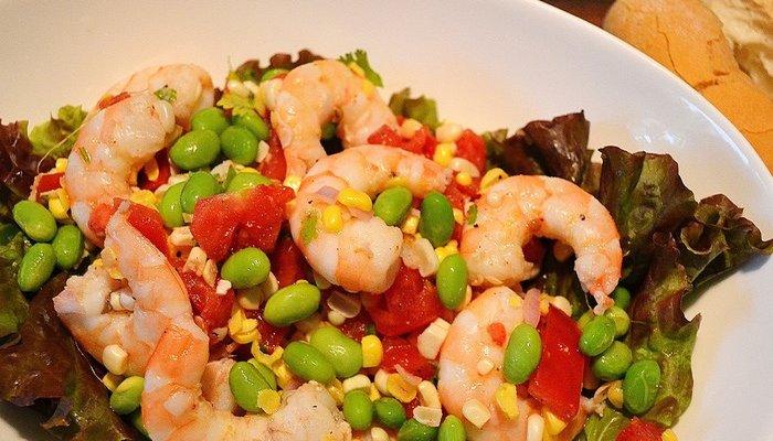 Edamame, Corn and Shrimp Salad