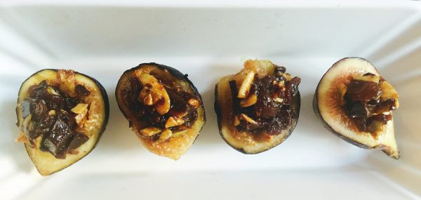 Fresh Figs Stuffed with Chocolate and Pumpkin Seeds