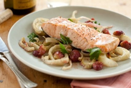 Roasted Salmon and Grapes