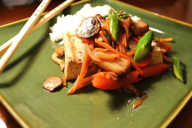 Tofu Steaks with Mushrooms and Vegetables